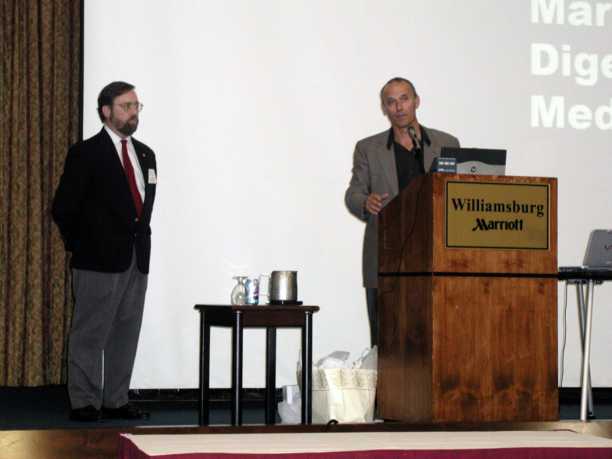 Dr. Daniel J. Pambianco, ACG Governor for Virginia, addresses attendees at the 2005 VGS Postgraduate Course